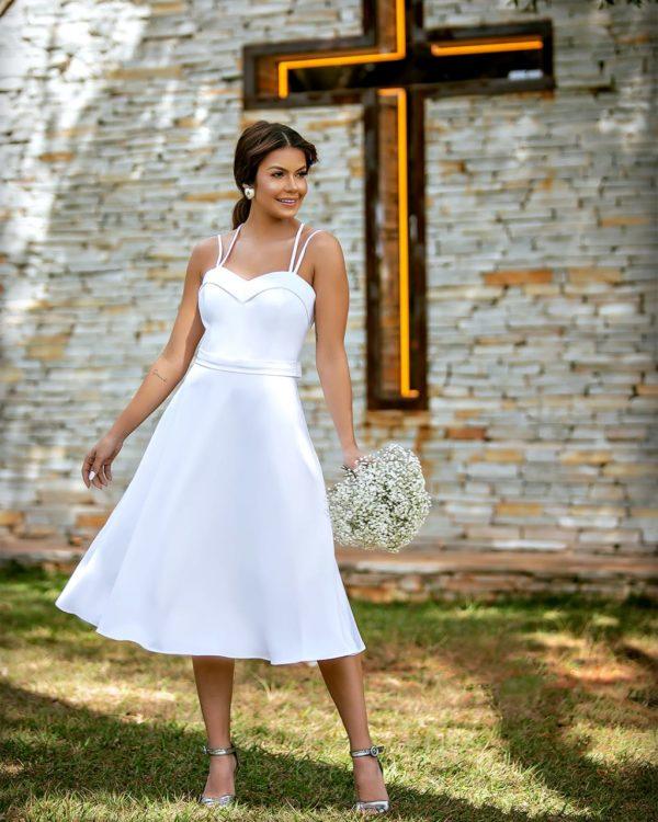 Vestido branco midi curto L1017